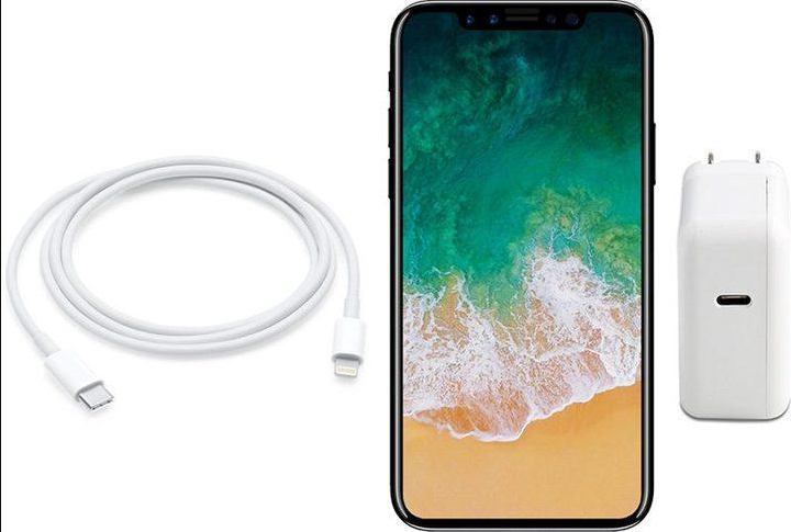 iPhone 8 Expected to Faster 10W USB-C Wall Charger